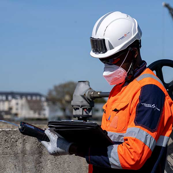 Collaborateur Extract analyse un chantier
